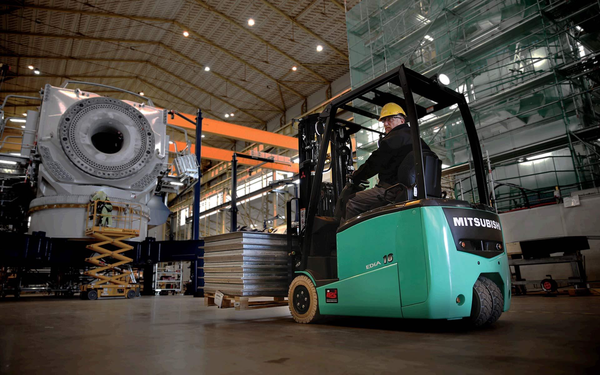 Mitsubishi-Electric-Forklift